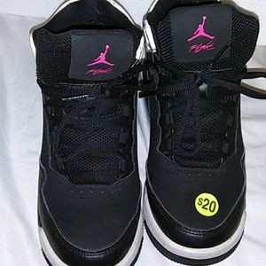 Size 6 in youth pink and black Flight Jordans
